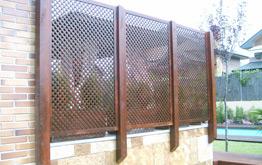 Celosias de jardin venta montaje instalacion madrid for Celosia de madera para jardin